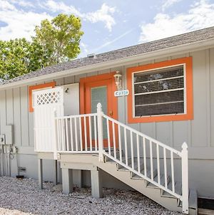 Baywatch Cabin Pet Friendly With Dock On Captiva Cabin photos Exterior