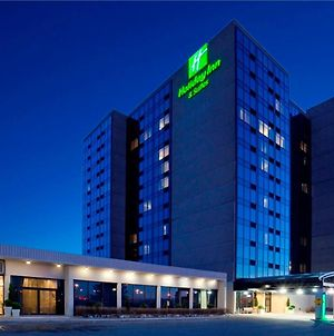 Holiday Inn Hotel & Suites Pointe-Claire Montreal Airport photos Exterior