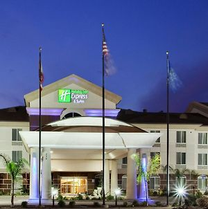 Holiday Inn Express Hotel & Suites Dinuba West, An Ihg Hotel photos Exterior