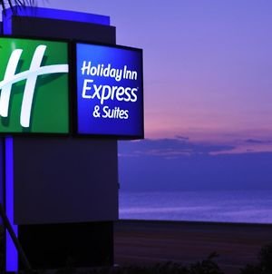 Holiday Inn Express Hotel & Suites Galveston West-Seawall photos Exterior