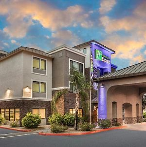 Holiday Inn Express And Suites Phoenix Tempe - University, An Ihg Hotel photos Exterior