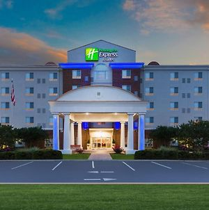 Holiday Inn Express Hotel And Suites Petersburg - Fort Lee photos Exterior