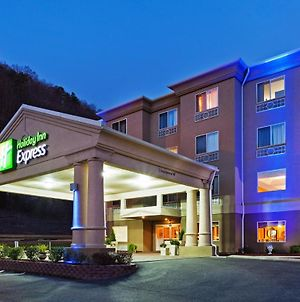Holiday Inn Express Hotel & Suites Pikeville photos Exterior