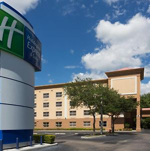 Holiday Inn Express Hotel & Suites Plant City, An Ihg Hotel photos Exterior