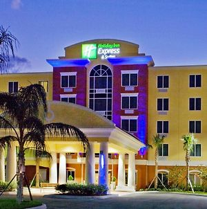 Holiday Inn Express Hotel & Suites Port St. Lucie West, An Ihg Hotel photos Exterior
