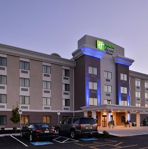 Holiday Inn Express And Suites West Ocean City, An Ihg Hotel photos Exterior