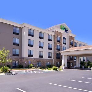 Holiday Inn Express Hotel & Suites Selma photos Exterior