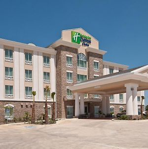 Holiday Inn Express Hotel & Suites Pearsall photos Exterior