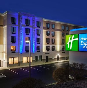 Holiday Inn Express Hotel & Suites Providence-Woonsocket, An Ihg Hotel photos Exterior