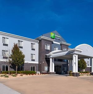 Holiday Inn Express & Suites Pittsburg, An Ihg Hotel photos Exterior