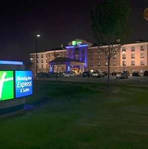 Holiday Inn Express And Suites Detroit North-Troy, An Ihg Hotel photos Exterior