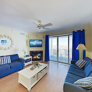 Beachfront Condo W/ Pool & Ocean-View Balcony Condo photos Exterior