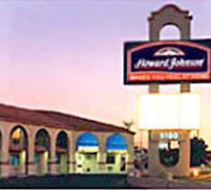 Howard Johnson photos Exterior
