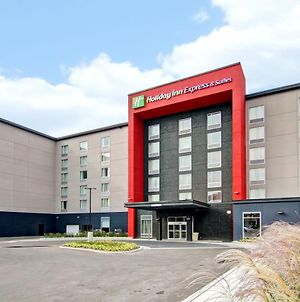 Holiday Inn Express & Suites Oshawa Downtown - Toronto Area photos Exterior