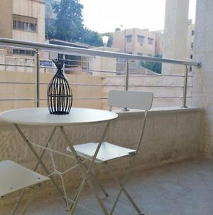 Amazing One Bedroom Apartment In Amman, Elwebdah 5 photos Exterior