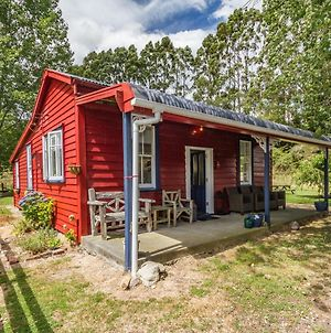 The Red Rooster Cottage - Raurimu Holiday Home photos Exterior