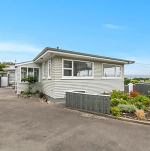 The A-House At Kapiti Views - Paraparaumu Holiday Home photos Exterior