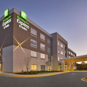 Holiday Inn Express And Suites South Hill, An Ihg Hotel photos Exterior