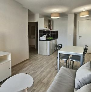 Appartement Recent Pour 4 Personnes + Bebe photos Exterior