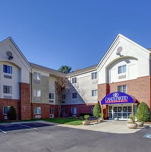 Candlewood Suites Raleigh Crabtree photos Exterior