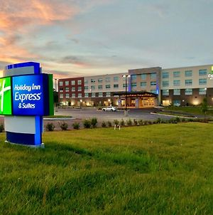 Holiday Inn Express & Suites Raleigh Airport - Brier Creek, An Ihg Hotel photos Exterior