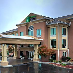 Holiday Inn Express Hotel & Suites Richmond, An Ihg Hotel photos Exterior