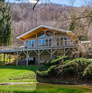 Smoky Mountain Escape With Hot Tub And Game Room! photos Exterior