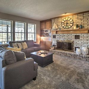 Spacious Home On Beaver Lake With Deck And Fire Pit! photos Exterior