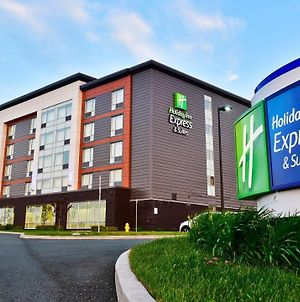 Holiday Inn Express & Suites St John'S Airport , An Ihg Hotel photos Exterior