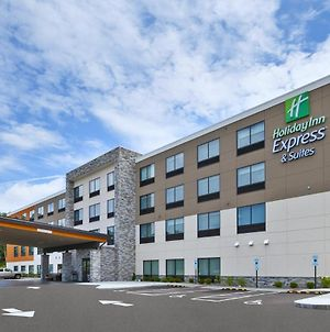 Holiday Inn Express And Suites Painesville - Concord photos Exterior