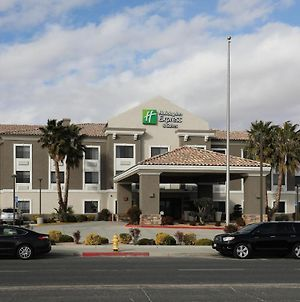 Holiday Inn Express Hotel & Suites Hesperia, An Ihg Hotel photos Exterior