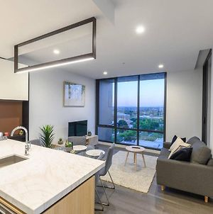 Box Hill Brand New Park View 2 Bedroom Apartment photos Exterior