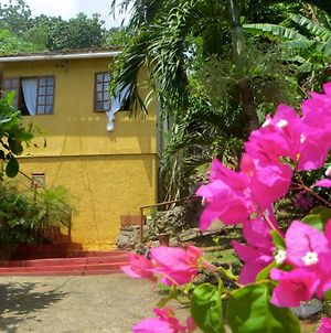 La Familia Guest House And Natural Farm photos Exterior