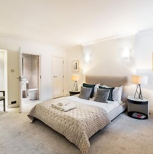 Luxury 2 Bedroom In Knightsbridge + Modern Interior photos Exterior