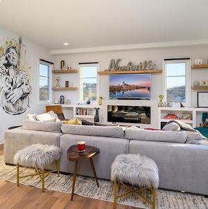 New Listing! Luxe New-Build W/ Rooftop Lounge Townhouse photos Exterior