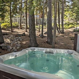 4 Season Lake Tahoe Escape With Deck, Views & Hot Tub photos Exterior