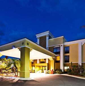 Holiday Inn Express Vero Beach-West photos Exterior