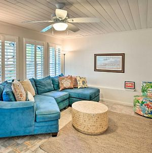 Upscale Bungalow With Patio And Bbq, Walk To Beach photos Exterior