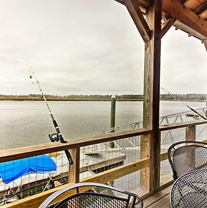 Waterfront Midway Home With Private Dock And Grill! photos Exterior