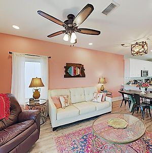 New Listing! Lagoon-Front Townhouse With Pool, Deck Townhouse photos Exterior