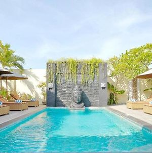 Villa Seriska Dua Sanur With Private Pool photos Exterior