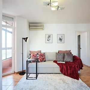 My City Home- Bright Apartment In Great Location photos Exterior