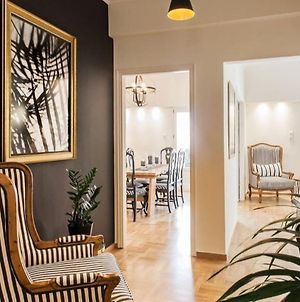 Charming City Centre Apartment, Conveniently Located In The Heart Of Athens. photos Exterior