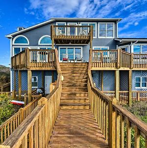 Large Beachfront Home With Boardwalk & Elevator photos Exterior