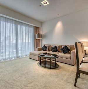 Luxury One Bedroom Apartment In The Address Dubai Marina By Deluxe Holiday Homes photos Exterior