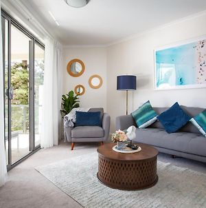 Bright Modern Apartment Steps From Beach And Ferry photos Exterior