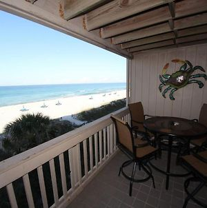 Updated Beachfront 2 Bedroom Townhome With A Community Pool photos Exterior
