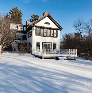 Picturesque Villa In Mendon Near Rutland City Forest photos Exterior