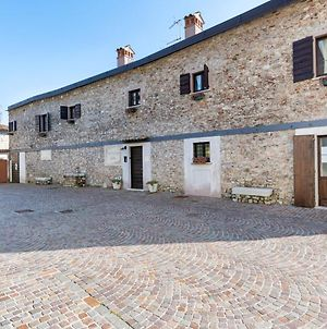 Beautiful Holiday Home In Gargnano With Garden photos Room