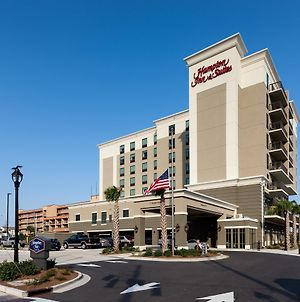 Hampton Inn & Suites By Hilton Carolina Beach Oceanfront photos Exterior